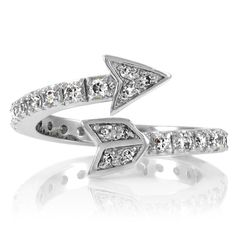 omg, this will be my wedding ring. i don't care who proposed to me with this, i'd freaking marry them.
