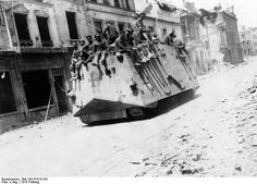 1918. A7V tank of the Deutsches Heer with soldiers aboard. Pin by Paolo Marzioli