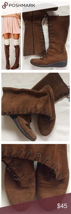 boc Lace-Up Suede Boots Excellent real leather boots that offer a Boho vibe. Brown suede with brushed metal eyeholes and hooks. Previously worn, still in great condition, no knicks or cuts in the leather.  True to size 10 Shoes Lace Up Boots