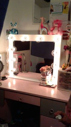 """Custom Vanity Mirror H-Standard 24""""H 30""""W Hi-Gloss White, dimmer/outlet self standing $230 shipping available Layaway payments available. Fb-Vanity J IG @Vanity J"""