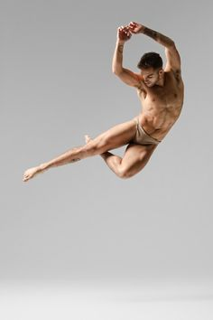 flying high ( Franco Nieto ) - amazing to catch it like that but also his body, every single muscle can be seen, it's beautiful