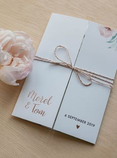 Wedding Cards - Advice For Holding Great Wedding Ceremonies Wedding Cards, Diy Wedding, Pocket Wedding Invitations, Homemade Wedding Invitations, Wedding Invitation Inspiration, Wedding Signage, Simple Weddings, Invitation Design, Wedding Planning