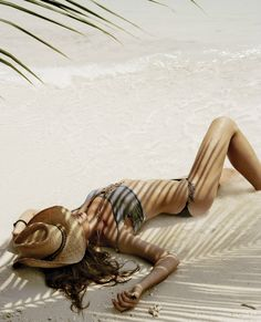 I need to lie like this on the beach ..soooon  won't look like that but still ahhhhh