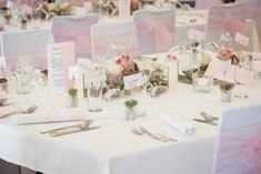Hochzeit von ~ Julia & Thomas ~ in Niedersulz Wedding Locations, Place Cards, Place Card Holders, Wedding Photography, Table Decorations, Ideas, You Never Know, Country Stores, Reflex Camera