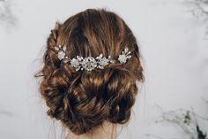 Lucia_silver_crystal_and_pearl_hair_comb_85_with_two_Saffron_hair_pins_15_each_www.debbiecarlisle.com_6_b9f76570-6b1d-406a-95af-708d8244f4e3.jpg (2048×1365)
