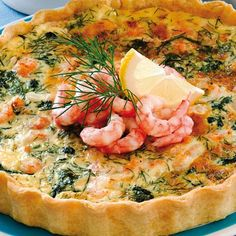 Smörgåstårta till far - Hemmets Journal Shellfish Recipes, Swedish Recipes, Everyday Food, Fish And Seafood, Baby Food Recipes, Quiches, Food Inspiration, Food To Make, Food Porn