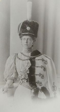 Princess Marie of Edinburgh - later Queen of Romania Queen Mary, King Queen, History Of Romania, Romanian Royal Family, Princess Alexandra, Second Empire, Royal Jewels, Queen Victoria, Vintage Beauty