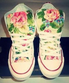 Spring Floral Converse Shoes by ChaoticMayhem on Etsy Floral Converse, Converse All Star, Converse Shoes, Floral Shoes, Floral Sneakers, Vans, Studded Converse, Cheap Converse, Cute Shoes