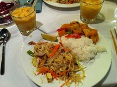 I went to my first cooking class last night - Thai food. We made Chicken Pad Thai, Pumpkin Red curry , Thai Iced Tea and Sticky mango for dessert. There were 10 of us. Hosted by Culture Kitchen. The class was taught by Suparvadee , amazing Thai woman !! Here's what we made!