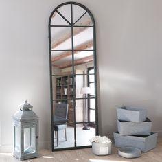Miroir en métal noir H 180 cm ...