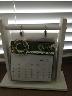 Monthly calendar - Taylored Expressions wreath