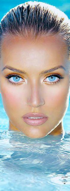 Gorgeous Blue Eyes   LOLO❤