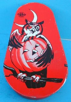 Everyone loves noise makers except mom! They came in all shapes and sizes in the 1950's and 1960's. Tin litho was great