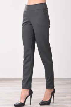 Παντελόνι με όψη ζακάρ και τσέπες στο πλάι σε γκρι χρώμα Suits, Fashion, Moda, Outfits, Fashion Styles, Suit, Fashion Illustrations, Business Suits