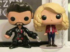 Custom Once Upon a Time Emma Swan & Captain by BeeBopPopAndArtShop Omg I want one!