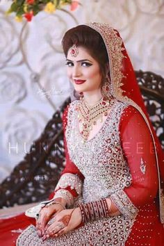 Brides Pakistani Bridal Makeup, Indian Bridal Outfits, Pakistani Wedding Outfits, Bridal Lehenga, Pakistan Bride, Asian Wedding Dress, Bridal Makeover, Bridal Photoshoot, Asian Bride