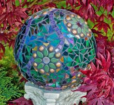 How To Make A Gorgeous Garden Mosaic Gazing Ball -- Don't miss out! Follow DIY Fun Ideas on facebook: http://www.facebook.com/diyfunideas