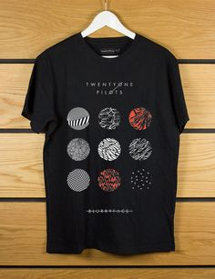 twenty one pilots blurryface Short sleeved black t by aqlopekamu