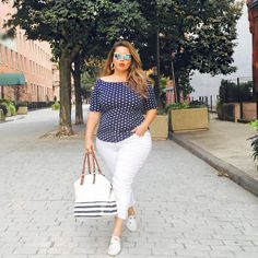 plus size work outfit ideas for a happy worker 35 Plus Size Bikini Bottoms, Women's Plus Size Swimwear, Trendy Swimwear, Plus Size Work, Look Plus Size, Dress Plus Size, Plus Size Beach Outfits, Plus Size Fashion For Summer, Curvy Girl Fashion