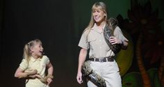 Bindi and Terri Irwin at 2007 LA Black Tie Gala
