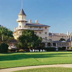 Five Reasons To Visit Jekyll Island | Jekyll Island Club Hotel | SouthernLiving.com