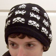 Knitting pattern - Space Invaders in a line Chunky hat (Knitting with Kitten)