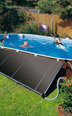So the bath time can start earlier: with our solar absorbers your swim will . - So the bathing time can start earlier: with our solar absorbers, your swimming pool is heated to a - Natural Swimming Ponds, Swimming Pools Backyard, Swimming Pool Designs, Pool Landscaping, Indoor Outdoor Pools, Small Backyard Pools, Backyard Ideas, Concrete Backyard, Backyard Patio