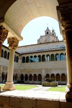 Rutas Mar & Mon: Parque Toboganes Gigantes Can Mates - Mercantic y Monasterio Sant Cugat