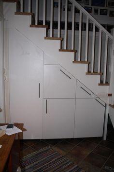 bygge skap under trapp