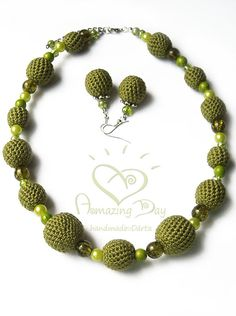 COLLAR de ganchillo verde. Burbuja verde oliva collar. Crochet