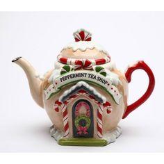 Santa's village shaped like a teapot. #santateapot
