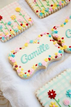 To customize cookies, write name on cookie and display in pretty dish or wrap in a lovely basket for the perfect gift Fancy Cookies, Iced Cookies, Cute Cookies, Easter Cookies, Royal Icing Cookies, Birthday Cookies, Cookies Et Biscuits, Cupcake Cookies, Sugar Cookies
