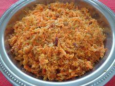Aprenda a preparar farofa com cenoura e bacon com esta excelente e fácil receita. O TudoReceitas recomenda uma farofa com cenoura e bacon perfeita para acompanhar as...