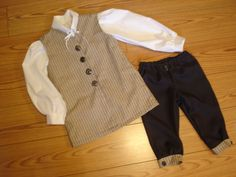 Hey, I found this really awesome Etsy listing at http://www.etsy.com/listing/92674744/boys-williamsburg-colonial-3-pc-costume