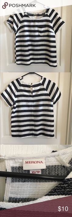 Merona Stripe Top Size XS Loose, boxy top with keyhole closure at the back. Material is acrylic/polyester. Stripes are black and white. Worn, but still in great condition. No trades or PayPal. Merona Tops
