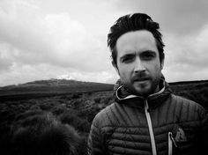 Justin Chatwin (with his Scorpio eyes. Scorpio Eyes, Pretty People, Beautiful People, Justin Chatwin, Taking Lives, Smallville, Tom Cruise, Baby Daddy, Picture Photo