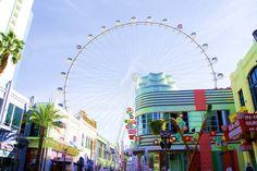 Las Vegas har lenge hatt et image bygget på gambling, show og billige buffetmåltid men dette er heldigvis ikke lenger den fulle sannheten. Las Vegas er i rivende utvikling og endring og byr på aktiviteter, shopping og matopplevelser for enhver smak og lommebok. Her er mine 15 beste tips for en opplevelsesrik Las Vegas reise, uten gambling på menyen!