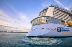 Did you know that Anthem of the Seas is the fourth largest cruise ship in the world? The ship is twice as wide as the Great Sphinx and longer than the Millennium Bridge.