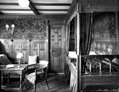 A second-class cabin on the Titanic. Adult men in first class had a better chance of surviving the sinking than children in steerage. (Courtesy National Museums Northern Ireland (NMNI) and the Ulster Folk & Transport Museum)