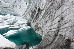 kjelbreen-glacier-jotunheim-mountains: warming trends open up an immediate need for archeology in Norway and other northern climates. reindeer hunting, middle age technology