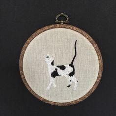 Een persoonlijke favoriet uit mijn Etsy shop https://www.etsy.com/listing/266207762/embroidery-hoop-oriental-shorthair
