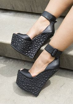 Shared by FLYJANE. Find images and videos about wedges, wedge sandals and black wedges on We Heart It - the app to get lost in what you love. Platform High Heels, Platform Wedge Sandals, Shoes Heels Wedges, Wedge Heels, Beautiful High Heels, Walk In My Shoes, Black High Heels, Black Wedges, Flip Flop Shoes