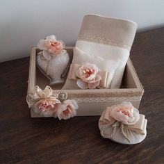 @kristaltasarim'in bu Instagram fotoğrafını gör • 165 beğenme Shabby Chic Crafts, Shabby Chic Pink, Cardboard Box Crafts, Decorative Soaps, Gift Wraping, Soap Carving, Scented Sachets, Burlap Table Runners, Soap Packaging