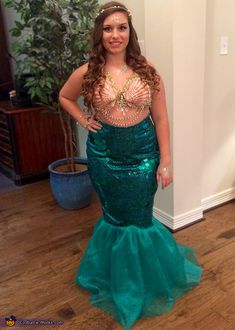 Ultra feminine and fun homemade mermaid costume homemade mermaid awesome diy mermaid costume solutioingenieria