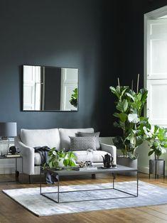 Charcoal Sofa Living Room, Grey Walls Living Room, Living Room Green, Living Room Paint, Living Room Colors, Living Room Sofa, Living Room Ideas Grey Floor, Grey Room, Interior Design Living Room