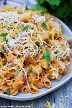 Taco Pasta has all the taco flavor you love in a simple skillet meal! Its creamy sauce marries meat, taco seasoning, and pasta wonderfully! Mexican Cooking, Mexican Food Recipes, Dinner Recipes, Ethnic Recipes, Mexican Dishes, Herb Recipes, Cooking Recipes, 30 Min Meals, Pasta Salad Recipes