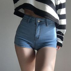 Retro high waist peach hip sexy denim shorts hot pants · FE CLOTHING · Online Store Powered by Storenvy Sexy Jeans, Sexy Shorts, Denim Shorts Outfit, Women's Shorts, Mädchen In Bikinis, Distressed Denim Shorts, Hot Pants, Sexy Hot Girls, Teen Fashion