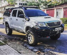 Toyota Hilux, Toyota 4x4, Bubble Spa, Magazine Deals, All Mobile Phones, Car Phone Mount, Toyota Trucks, Security Cameras For Home, Cars