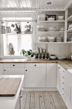 Home Interior Blue White kitchen.Home Interior Blue White kitchen Kitchen Interior, New Kitchen, Kitchen Dining, Kitchen Decor, Kitchen Cabinets, Kitchen White, White Cabinets, Kitchen Corner, Kitchen Wood