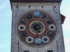 Zimmer Tower in Lier, #Belgium #clock #beautifulplaces
